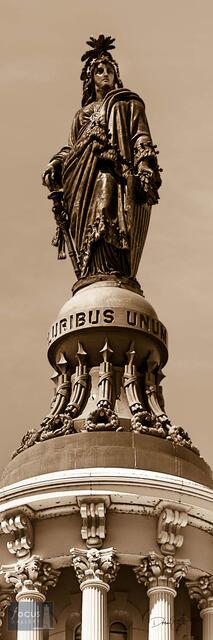 Statue of Freedom (Sepia)